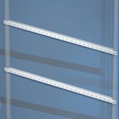 R5TPE60 Комплект реек горизонтальных для двери, Ш=600мм, в упаковке-10шт для шкафов серии CQE, толщина 1.5мм сталь