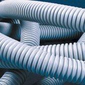 91532+ Труба гибкая гофрированная номинальный ф32мм, ПВХ-пластикат, сверхтяжёлая, не распространяет горение, с протяжкой, цвет серый (RAL 7035) (цена за метр)